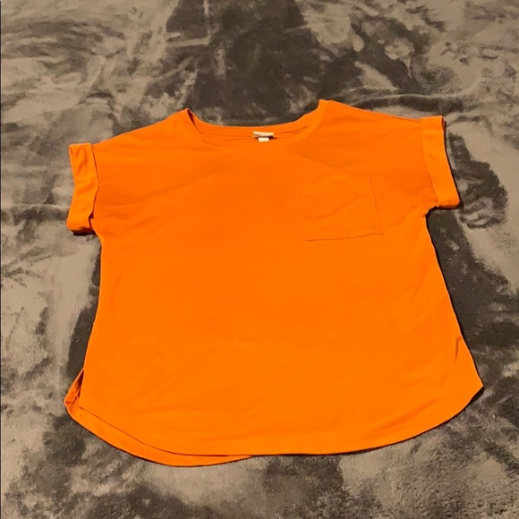 a new day Tops - NWOT Boxy Pocket T